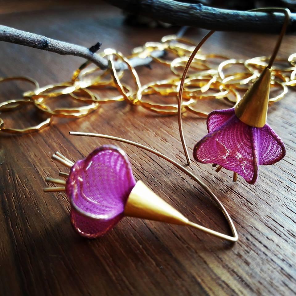 tivoli ørehængere bliver fremstillet i guld